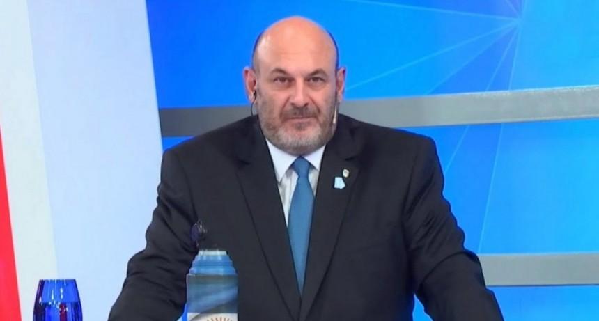 Denunciaron al conductor de TV Santiago Cúneo por amenazar a Macri