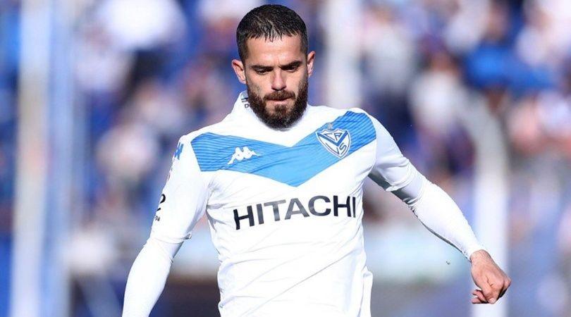 Fernando Gago volvió a jugar tras ocho meses en la victoria de Vélez