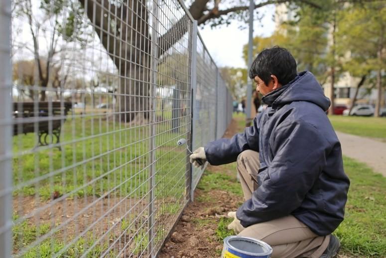 El Municipio construye el primer canil para mascotas en la Plaza del Rosario