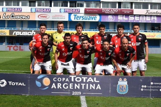 Colón goleó a Sol de Mayo y avanza en la Copa Argentina