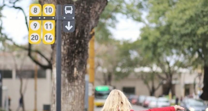Colocaron 1.200 carteles indicadores en paradas de colectivos