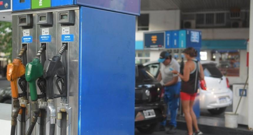El Gobierno decidió un aumento del 7% en el precio de los combustibles