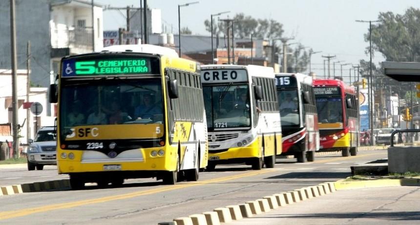 La provincia adelantó el pago de subsidios al transporte del mes de setiembre