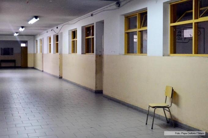 Dos paros de 24 horas definieron los docentes de la provincia