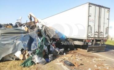 Fatal accidente entre dos camiones en la RN 34