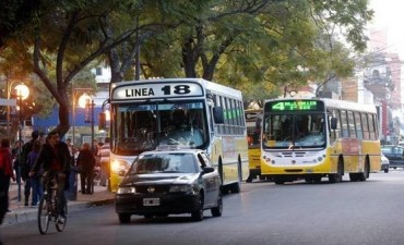 Transporte público: desvíos de colectivos por obras de bacheo