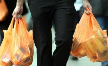 No se entregarán más bolsas plásticas de polietileno en comercios de la ciudad