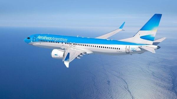 Murió un pasajero en un avión de Aerolíneas Argentinas