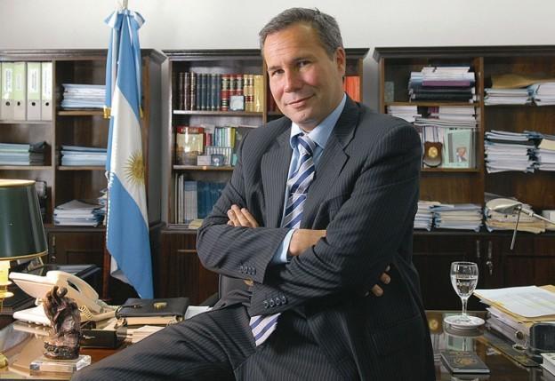 Nisman tenía golpes en la nariz, el hígado y las piernas