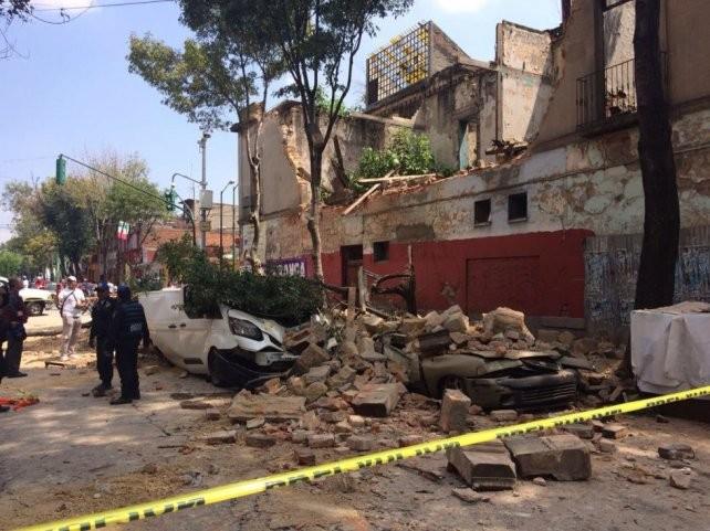 Sube a 318 la cifra de muertos por el terremoto en México