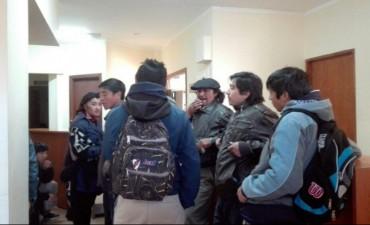 Caso Maldonado: Mapuches ocuparon el juzgado de Esquel