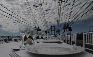 Almuerzo en el Puente Colgante a beneficio del hospital Alassia