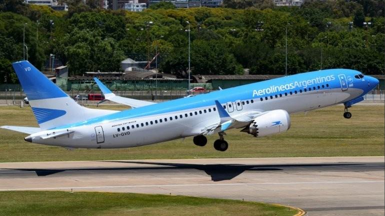 Aerolíneas Argentinas y LATAM vuelven a ofrecer pasajes a precios de low cost