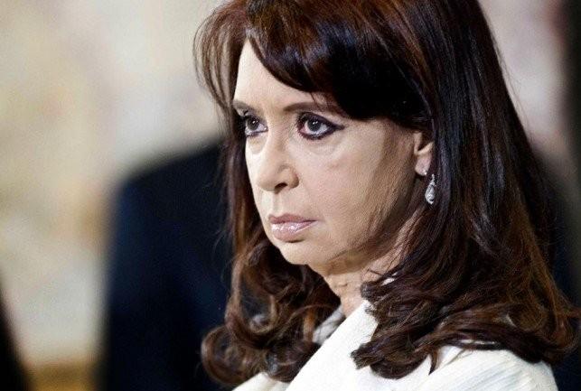 Cristina Kirchner fue procesada por asociación ilícita en la causa de las coimas