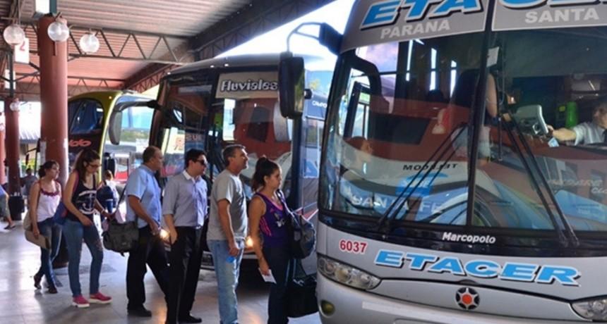El sábado aumenta el colectivo para viajar a Paraná