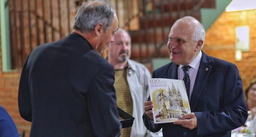 Lifschitz participó del centenario de la Parroquia Nuestra Señora de Guadalupe