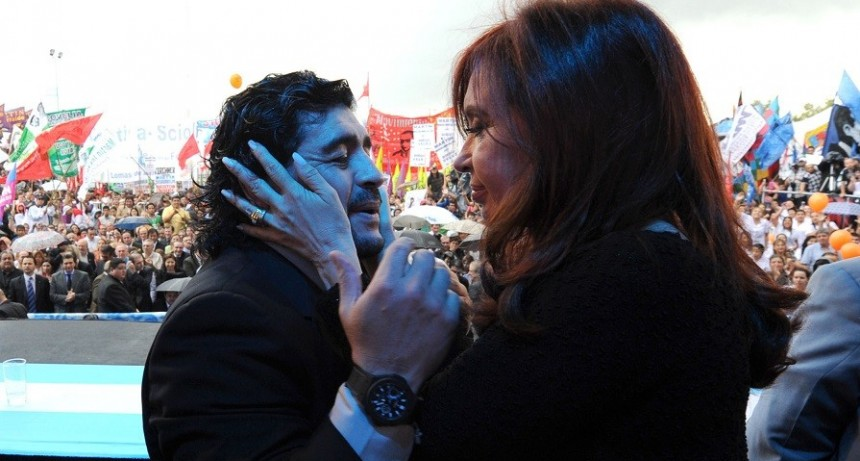 "Diego Maradona: ""Iría a una fórmula con Cristina Kirchner"