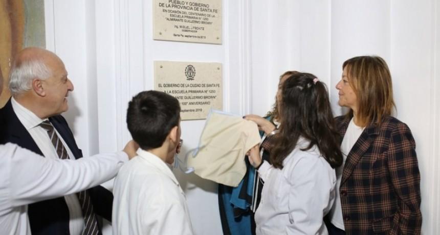 La Escuela Primaria 1250 Almirante Brown festejó sus 100 años