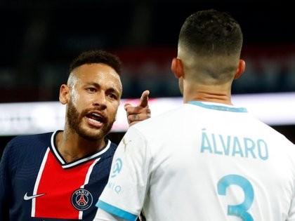 Escandaloso clásico entre PSG y Olympique de Marsella: cinco expulsados y batalla entre Di María, Benedetto, Paredes y Neymar