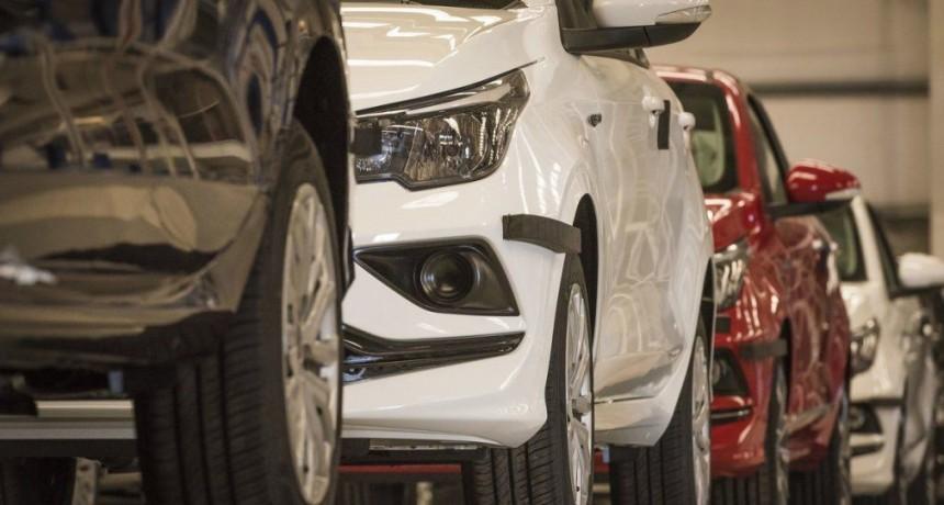 El Gobierno anunciará estímulos para la producción de autos, motos y bicicletas