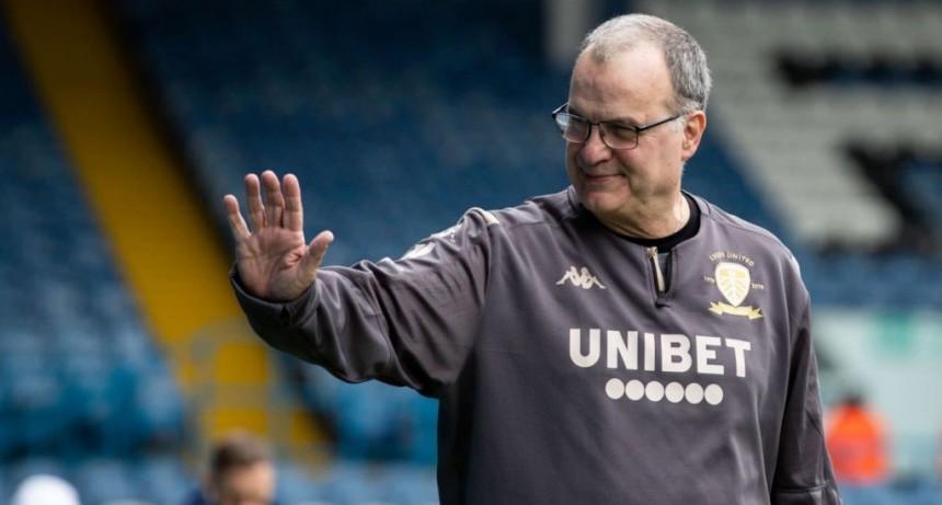 Bielsa confirmó su continuidad en Leeds