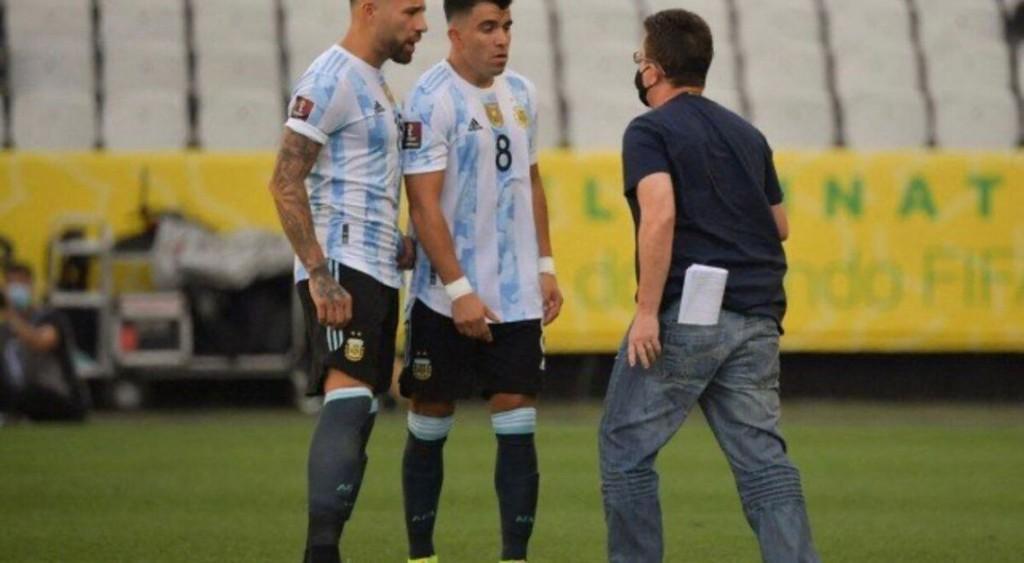 Papelón Mundial: El partido de Argentina y Brasil quedó suspendido