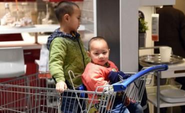 China acaba con la política del hijo único vigente durante décadas