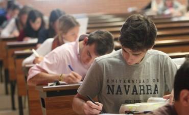Eliminan por ley el examen de ingreso a las universidades