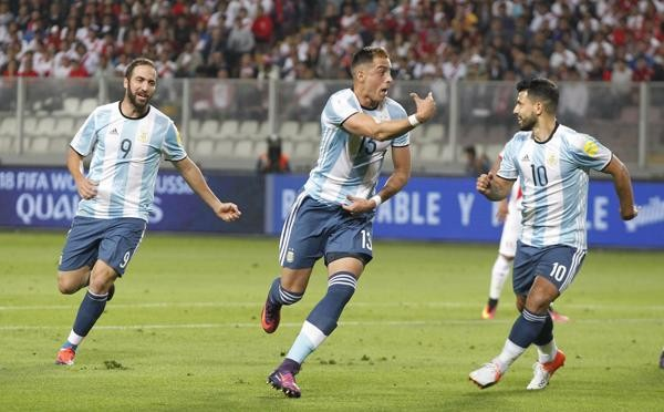 Argentina cometió errores y empató con Perú