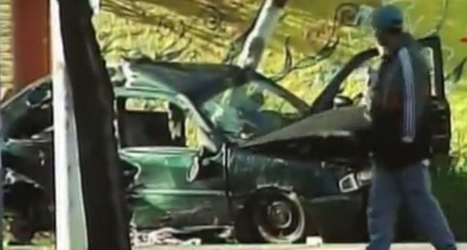 Le apedrearon el auto, salieron a buscarlos y chocaron: murió una joven de 16 años