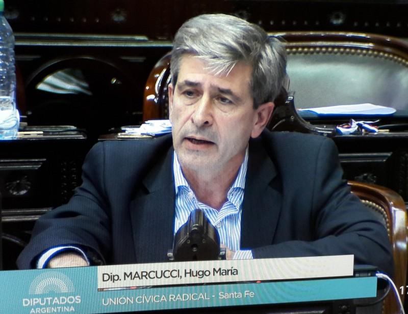 Marcucci retomó la discusión por las motoniveladoras