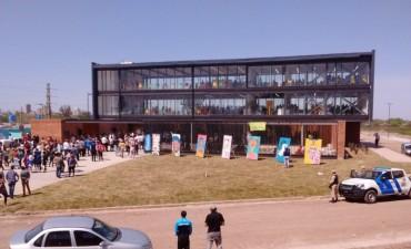 Inauguraron el primer edificio de las Escuelas de Trabajo
