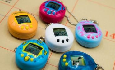 Vuelve a la venta el Tamagotchi para celebrar los 20 años de la mascota virtual