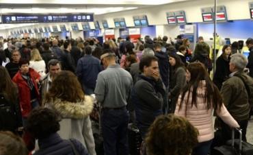 Se normalizaron los vuelos en Aeroparque y Ezeiza