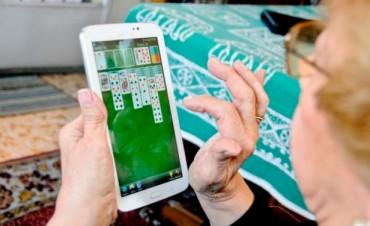 Comenzarán con la entrega de tablets para jubilados