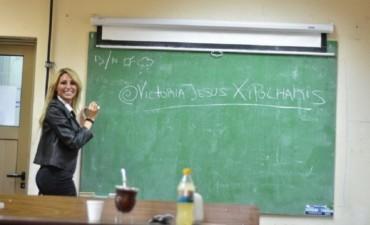 ¿Qué fue a hacer Vicky Xipolitakis a la UBA?