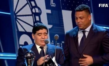 El blooper de Maradona en The Best
