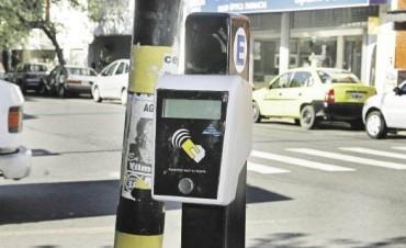Propusieron que se pueda cargar la tarjeta del estacionamiento desde el celular