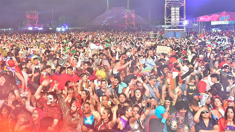 50 mil personas estuvieron en la Fiesta de Disfraces