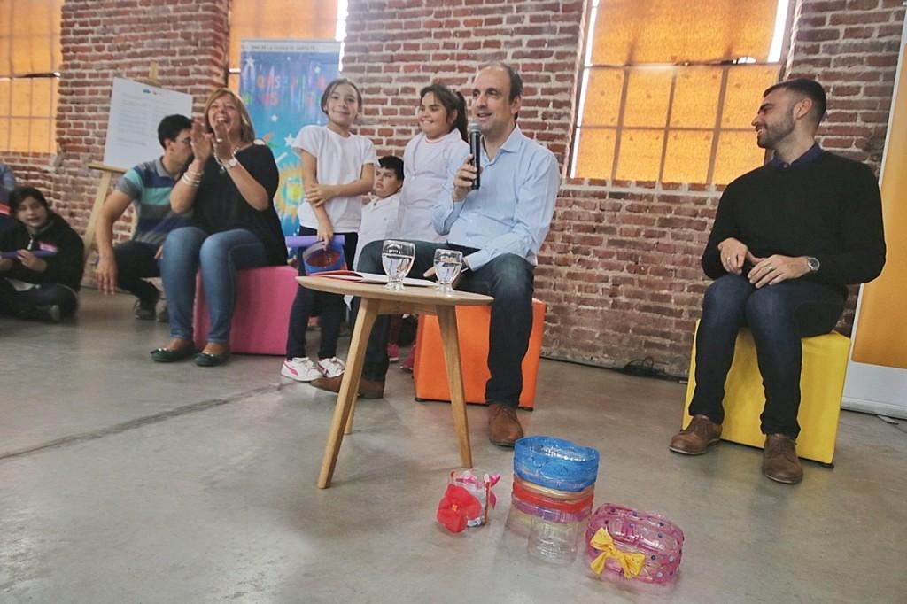 José Corral encabezó la sesión anual del Consejo de Niñas y Niños