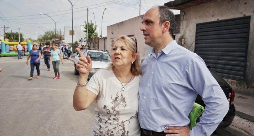 Corral inauguró calles pavimentadas en el Suroeste