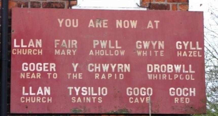 Un pueblo galés se llama Llanfairpwllgwyngyllgogerychwyrndrobwllllantysiliogogogoch