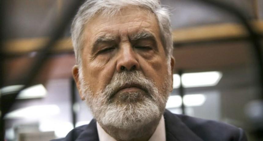 Condenaron a Julio De Vido a cinco años y ocho meses de prisión