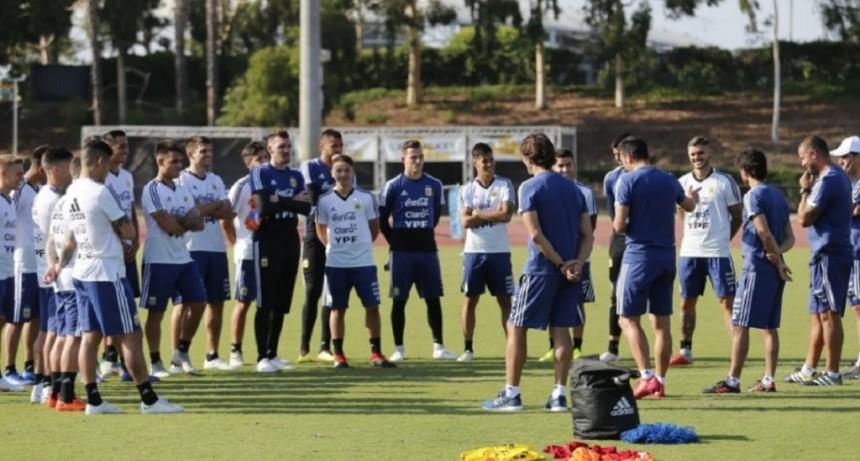 Argentina jugará sus últimos dos amistosos del año ante el mismo rival