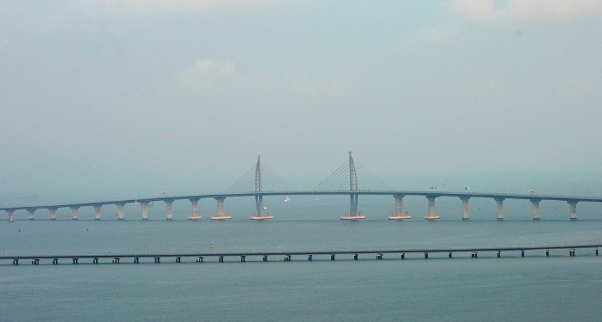 Las impactantes fotos del puente marítimo más largo del mundo inaugurado en China