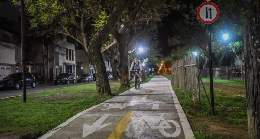El Municipio avanza con obras de iluminación en bicisendas y ciclovías