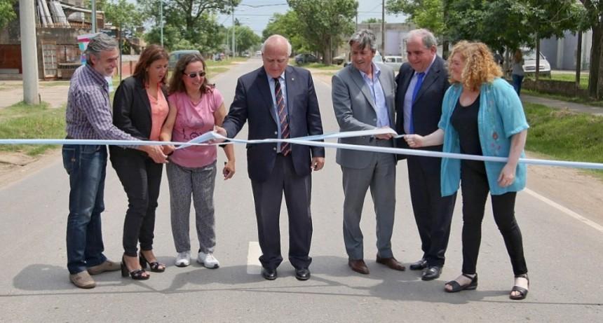 Lifschitz inauguró obras de pavimentación y mejorado en calles en Santo Tomé
