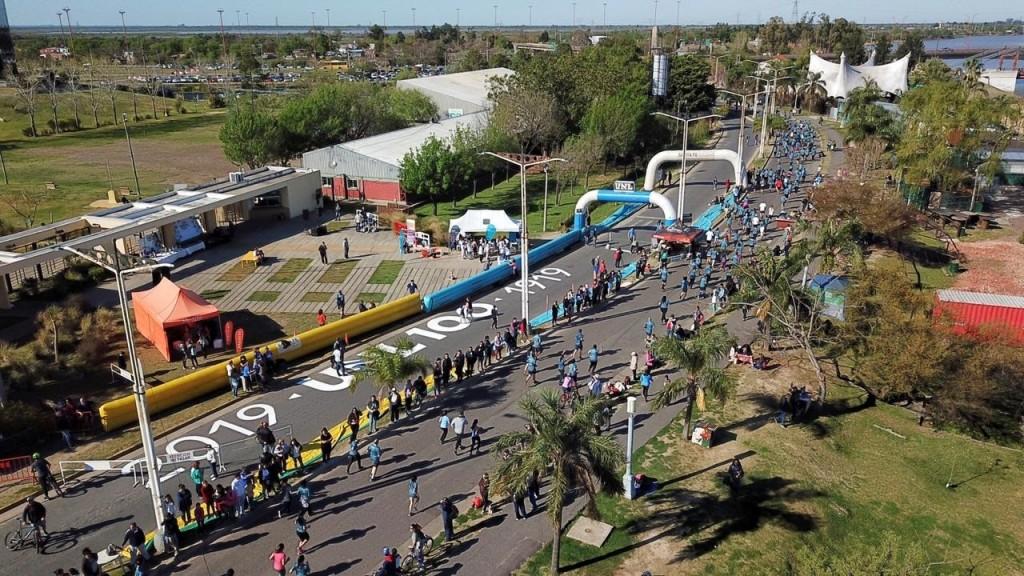 La Universidad Nacional del Litoral tuvo su Maratón Centenario