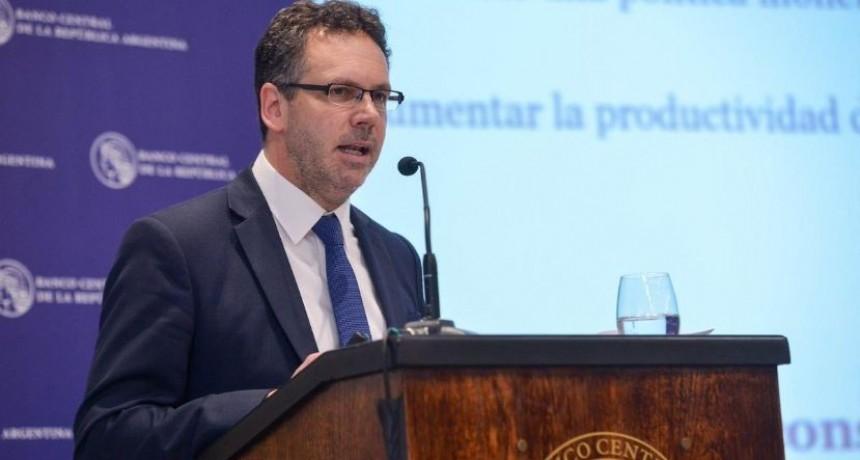 Sandleris dijo que las medidas cambiarias son para preservar las reservas internacionales