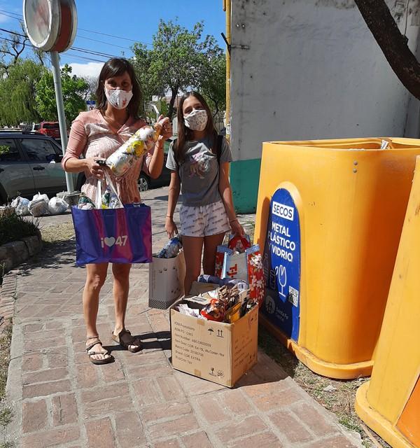 Intercambio de residuos reciclables por semillas, en pos del consumo responsable